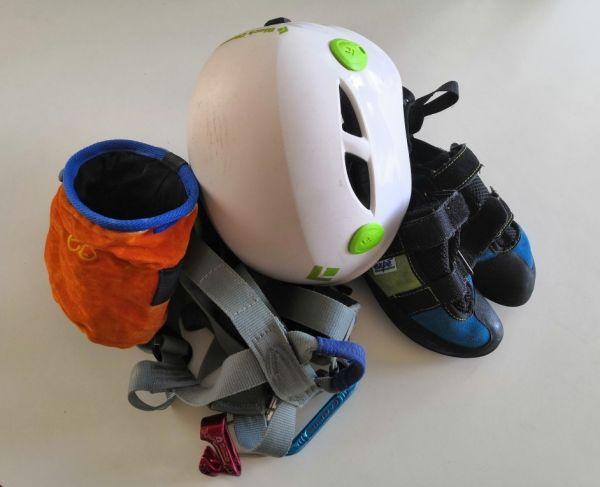 location kit chaussons baudrier casque sac à magné
